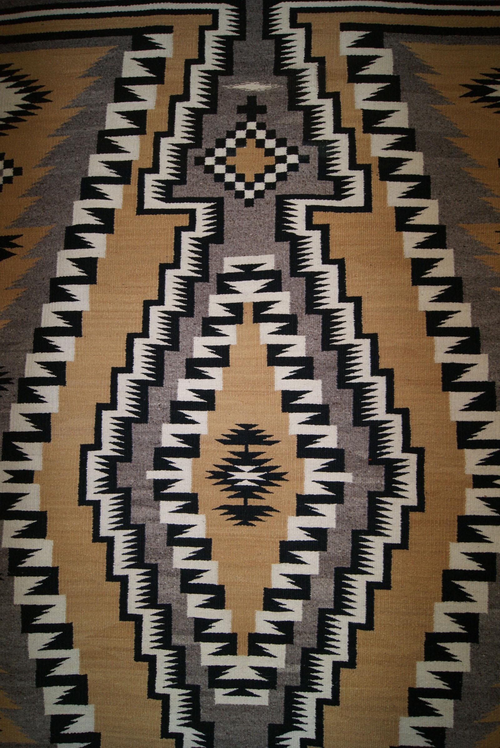 Large Chinle Navajo Rug
