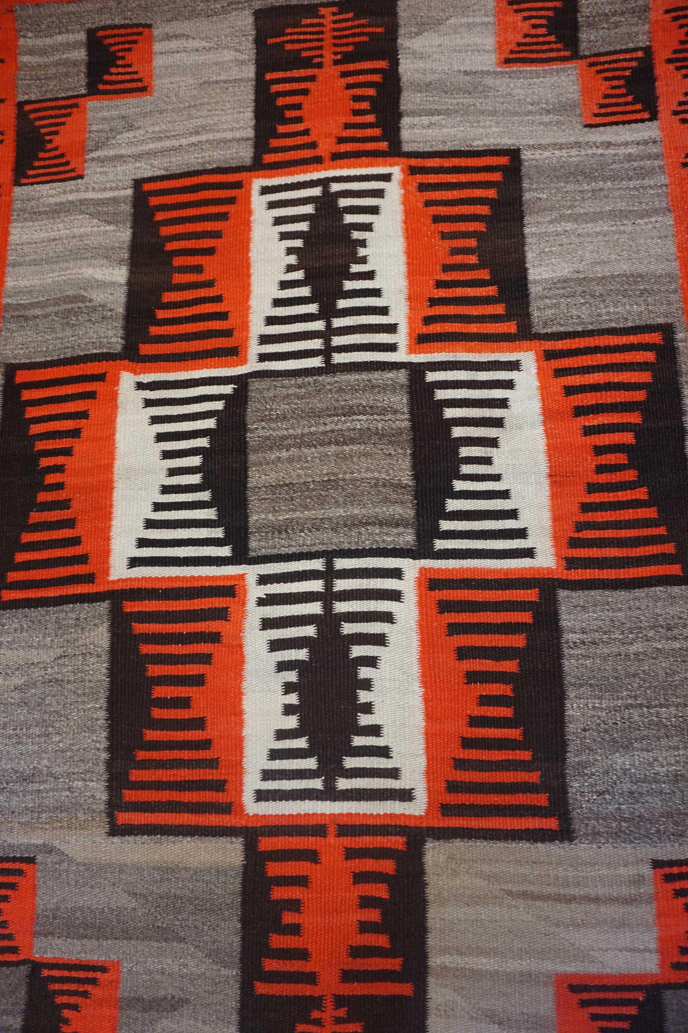Ganado Navajo Rug 695a Charley S Navajo Rugs For Sale