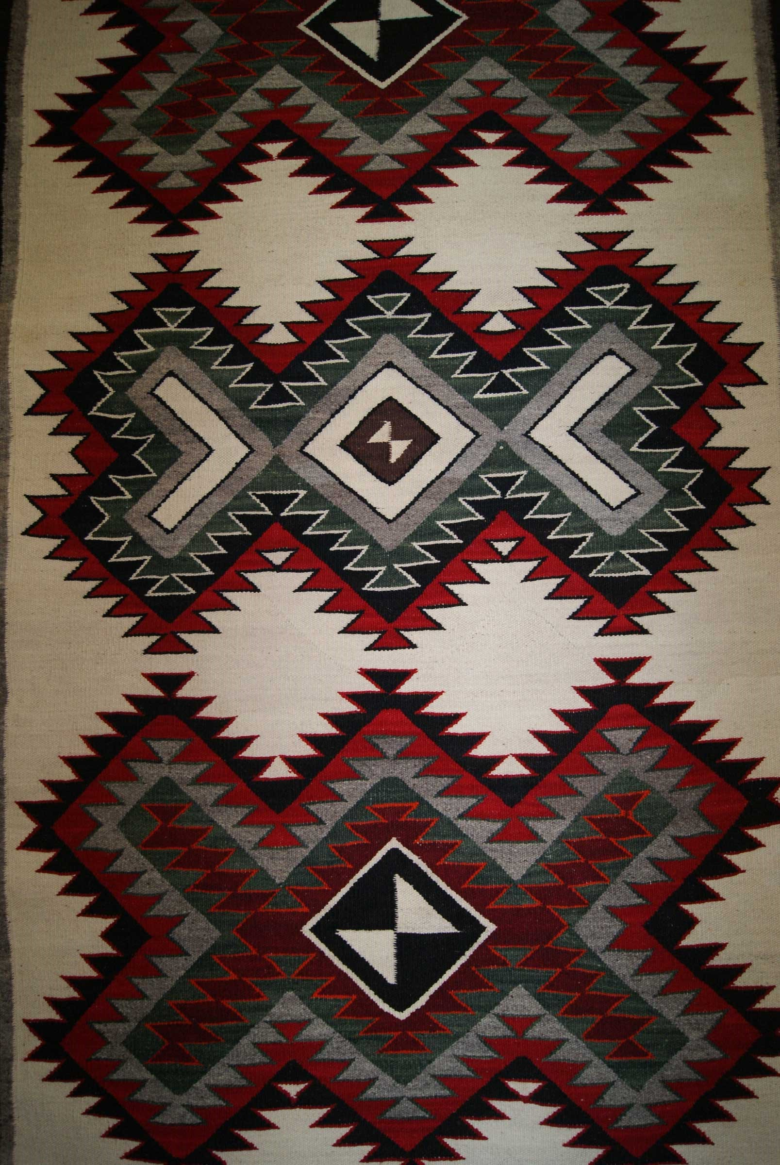 Red Mesa Navajo Rug 763 Charley S Navajo Rugs For Sale