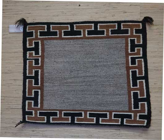 Open Field Single Saddle Blanket with T Design Border