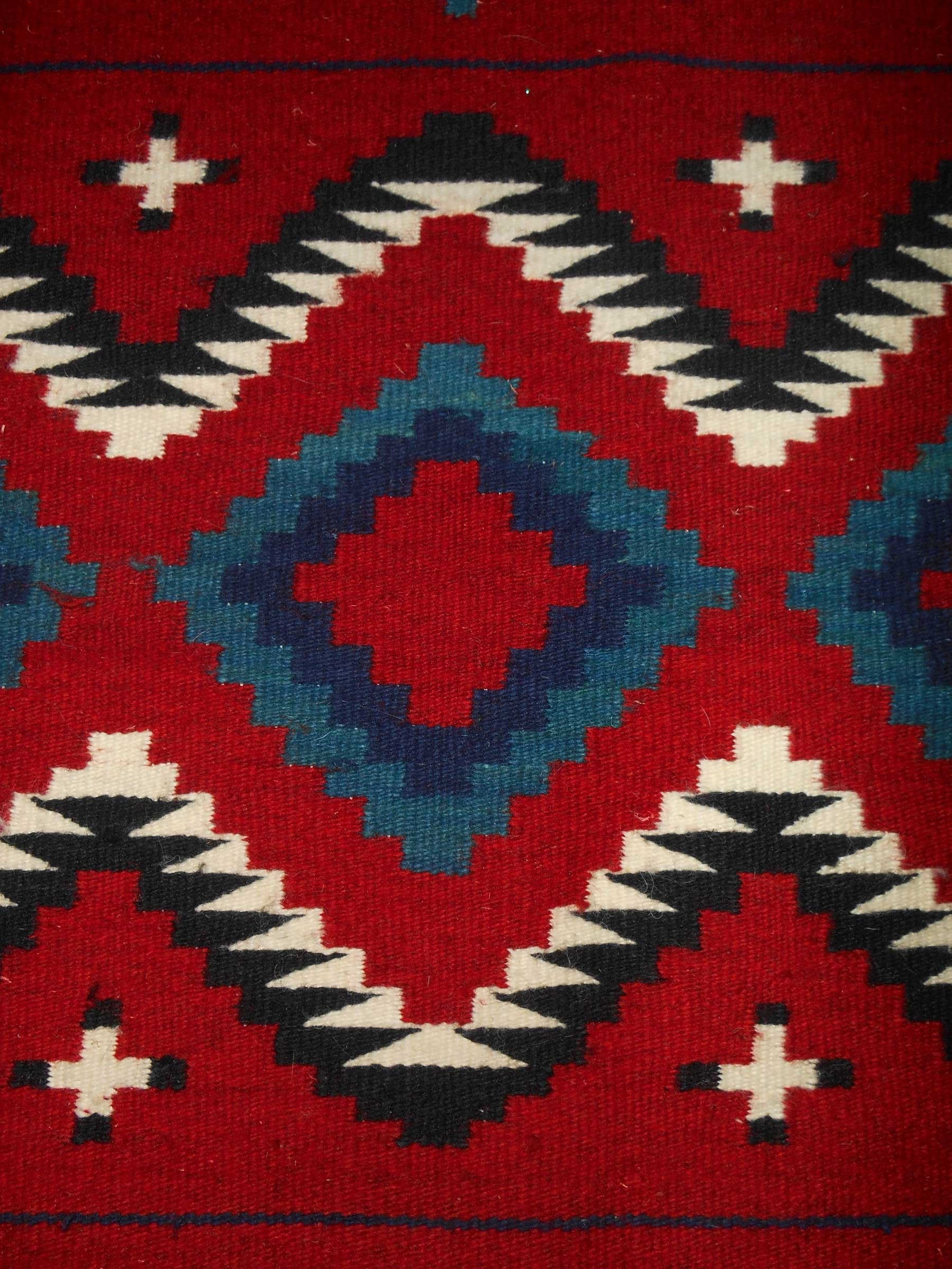 Contemporary Navajo Rug In A Late Classic Period Design