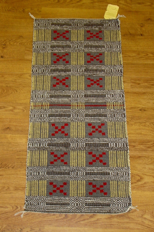 Double Weave Diamond Twill Two Face Navajo Rug Weaving For