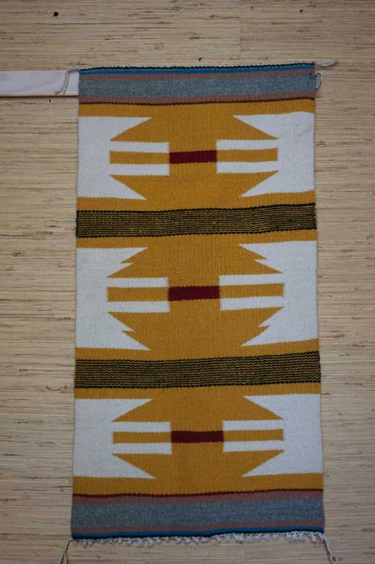 Gallup Throw Navajo Rug with Wavy Lines 961