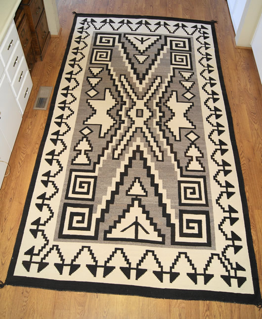 Historic Two Grey Hills Storm Pattern Variant Navajo Rug Weaving For Sale Photo 1