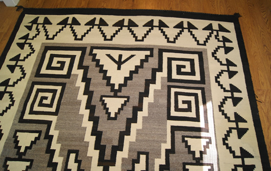 Historic Two Grey Hills Storm Pattern Variant Navajo Rug Weaving For Sale Photo 3