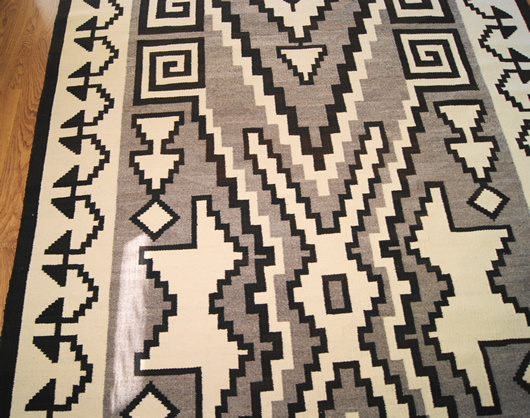 Historic Two Grey Hills Storm Pattern Variant Navajo Rug Weaving For Sale Photo 7