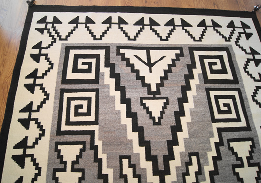Historic Two Grey Hills Storm Pattern Variant Navajo Rug Weaving For Sale Photo 8
