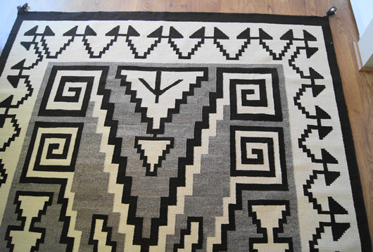 Historic Two Grey Hills Storm Pattern Variant Navajo Rug Weaving For Sale Photo 9