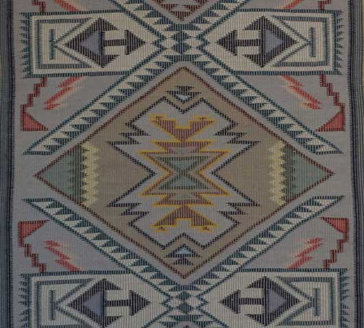Navajo Teec Nos Pos Raised Outline Navajo Weaving 1109 Photo 001