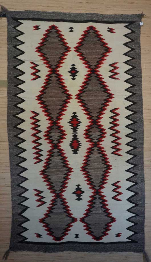 Old Crystal Navajo Rug 1035
