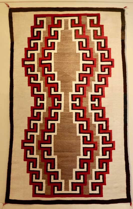 Outstanding Navajo Rug with an Unusual Motif 1052