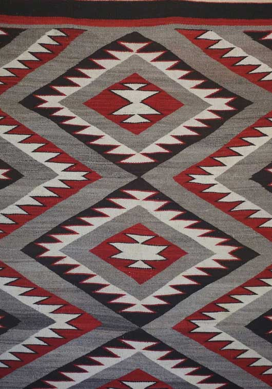Red Mesa Eye Dazzler Navajo Rug 1002