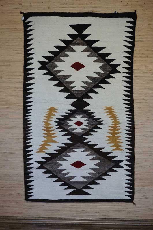 Serrated Triple Diamonds Navajo Rug 953
