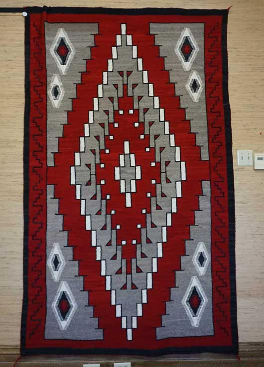 Single Diamond Ganado Navajo Rug Weaving for Sale 838