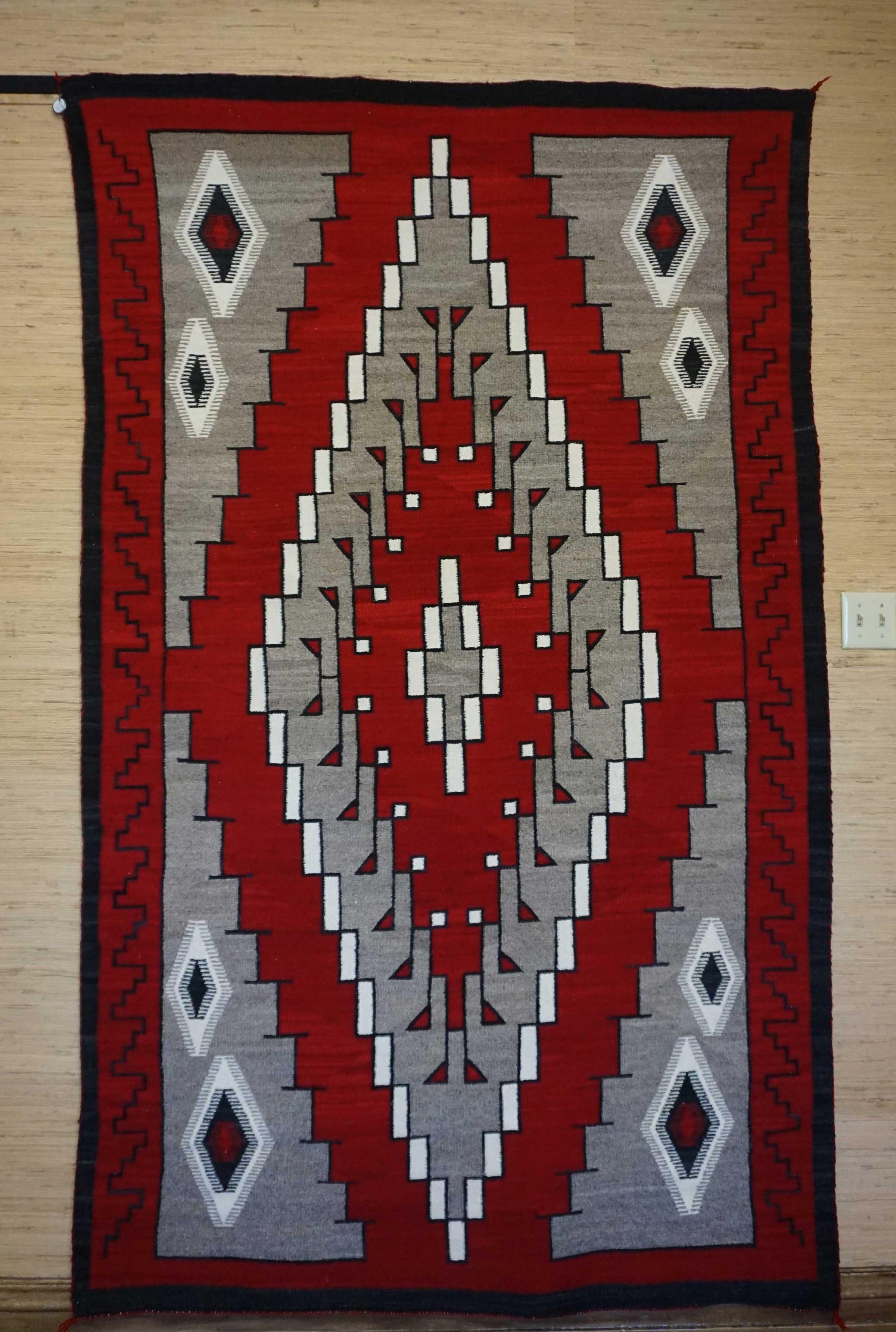 Single Diamond Ganado Navajo Rug Weaving For Sale 838
