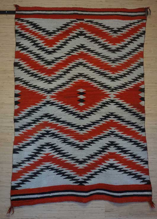 Transitional Eye Dazzler Navajo Rug for Sale 1042