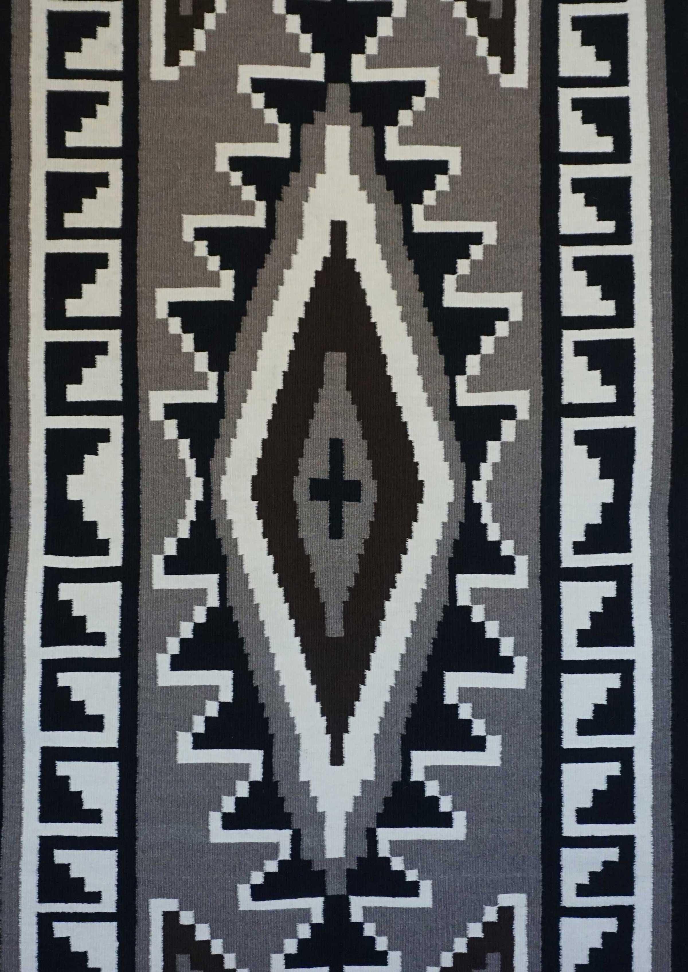 Two Grey Hills Crystal Diamond Pattern Navajo Rug 925