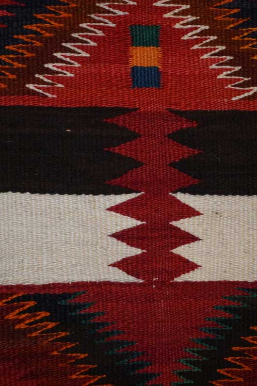 Variant Navajo Rug with Germantown Yarn 1134 Photo 003