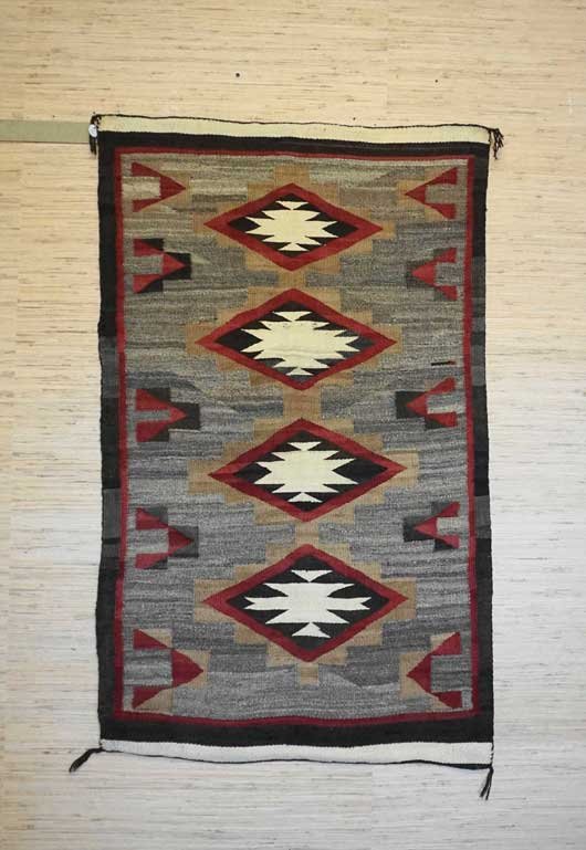 Chinle Navajo Rug 901 Charley S Navajo Rugs For Sale